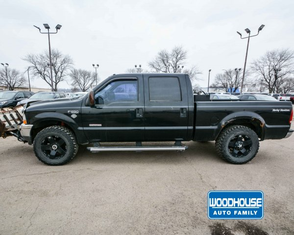 Pre-Owned 2004 Ford Super Duty F-250