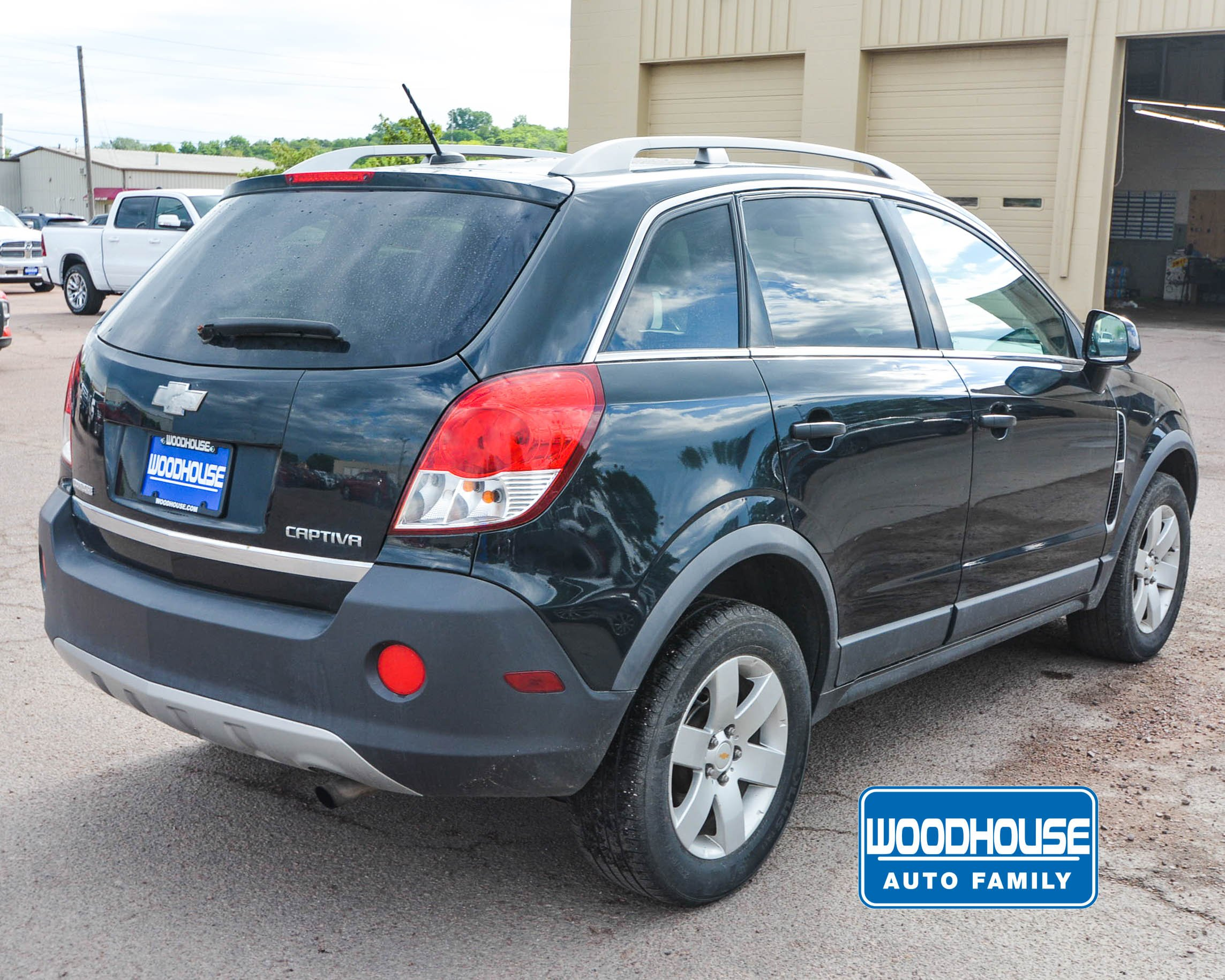 Pre-Owned 2012 Chevrolet Captiva Sport Fleet LS w/2LS