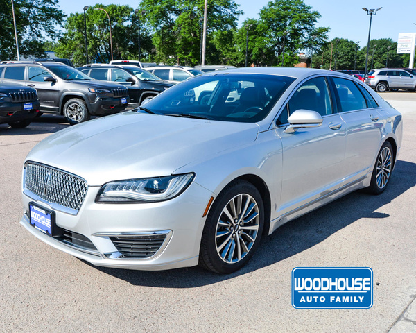 Pre-Owned 2017 Lincoln MKZ Premier