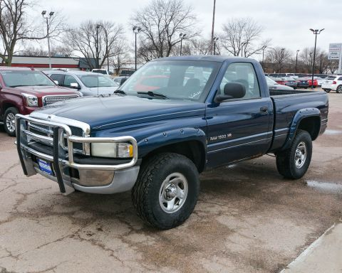 Pre-Owned 2001 Dodge Ram 1500 4WD