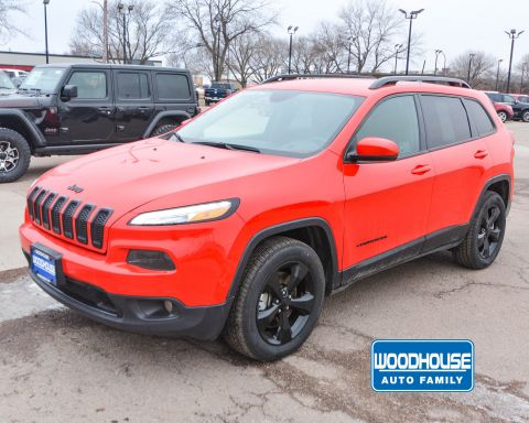 Certified Pre-Owned 2017 Jeep Cherokee High Altitude With Navigation & 4WD
