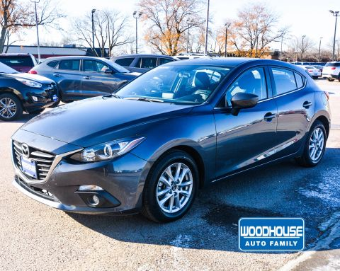 Pre-Owned 2016 Mazda3 i Touring FWD Hatchback